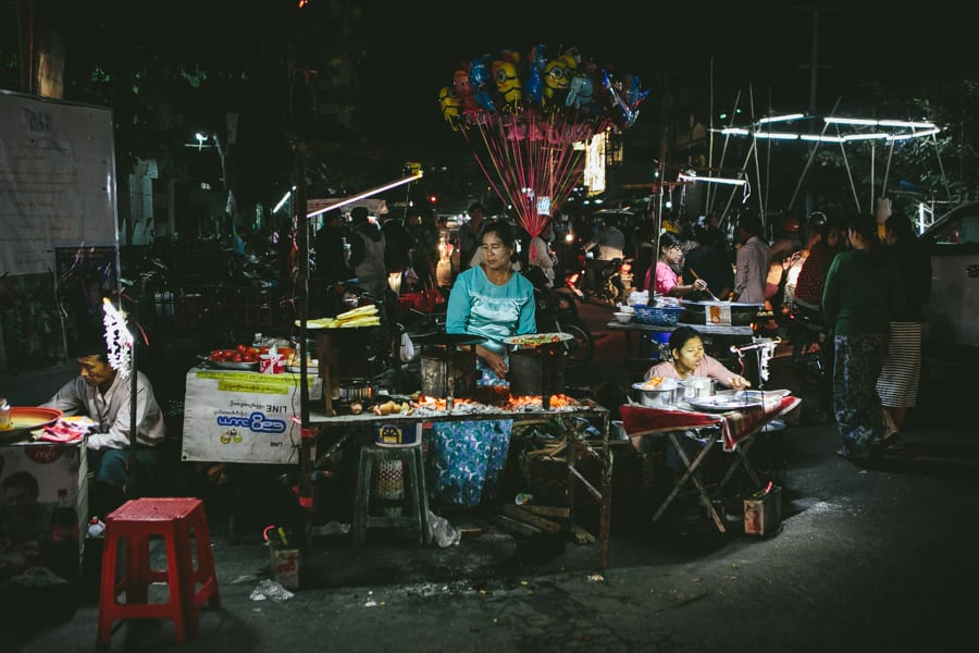 Mandalay-PagodaFestival-024