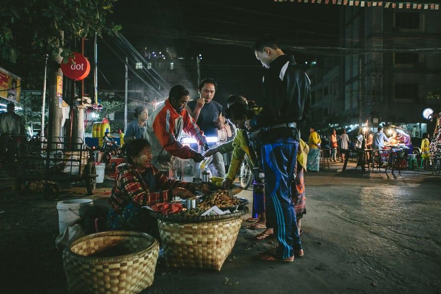 Mandalay-PagodaFestival-025