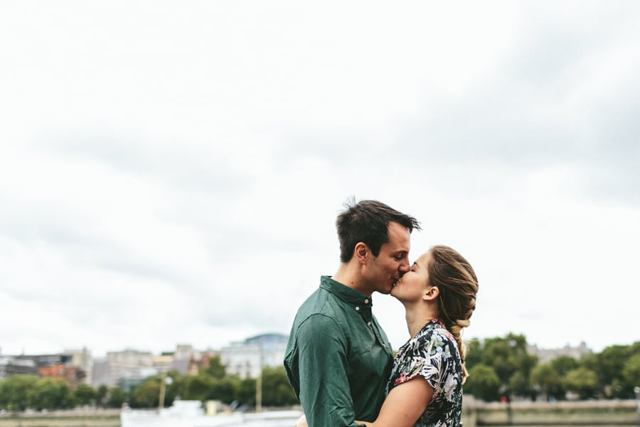 Kate-Jeremy_SouthBank-EngagementShoot-019