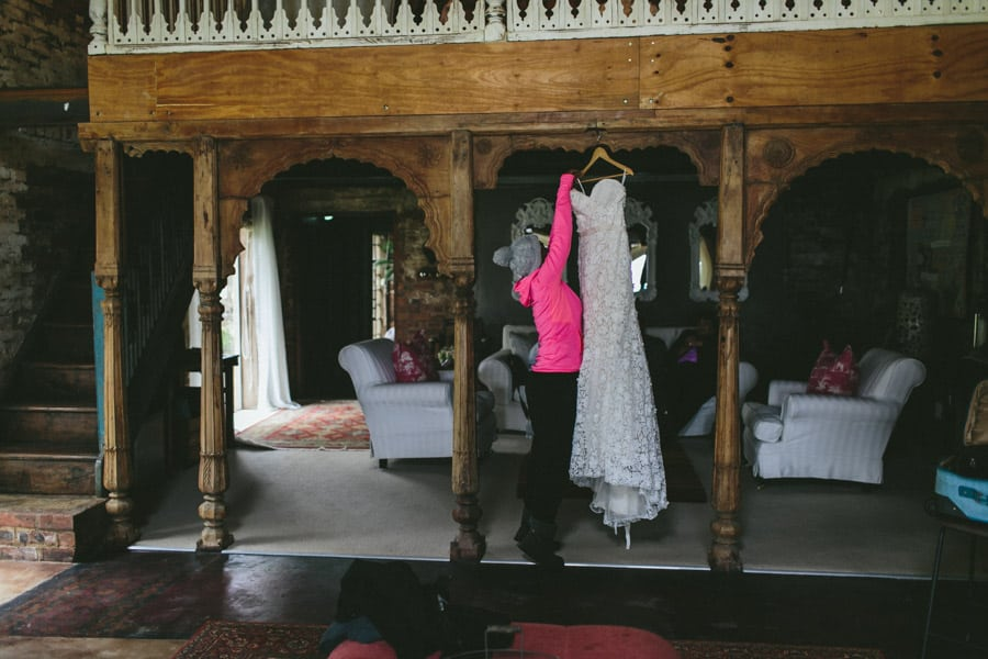 ro-dev_crystalbarn-documentary-wedding-photography-008