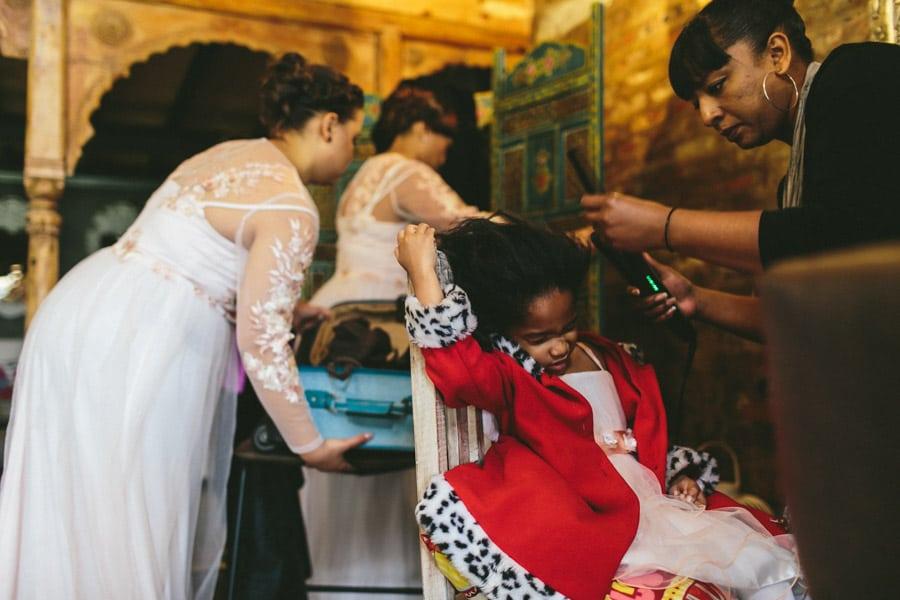 ro-dev_crystalbarn-documentary-wedding-photography-023