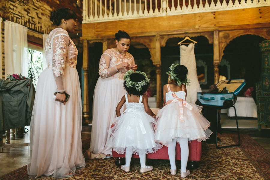 ro-dev_crystalbarn-documentary-wedding-photography-029