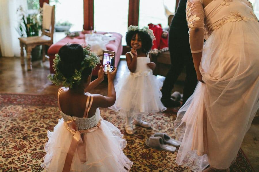 ro-dev_crystalbarn-documentary-wedding-photography-030