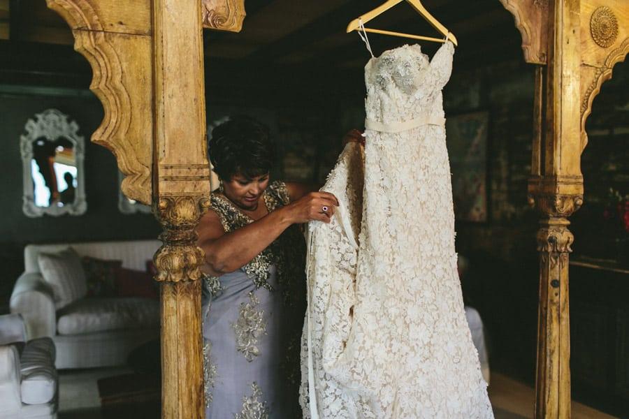 ro-dev_crystalbarn-documentary-wedding-photography-033