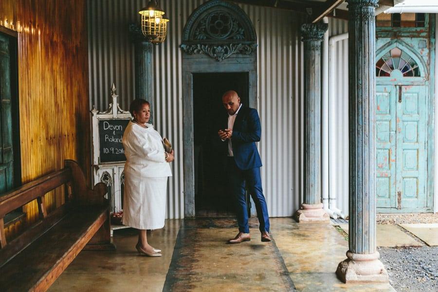 ro-dev_crystalbarn-documentary-wedding-photography-043