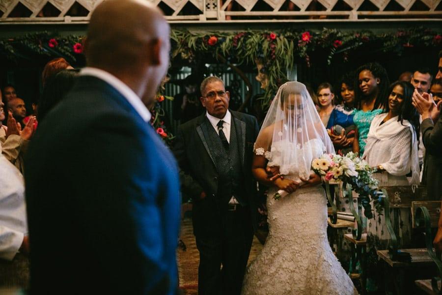 ro-dev_crystalbarn-documentary-wedding-photography-058