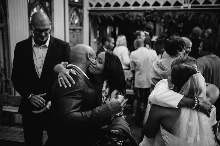 ro-dev_crystalbarn-documentary-wedding-photography-079
