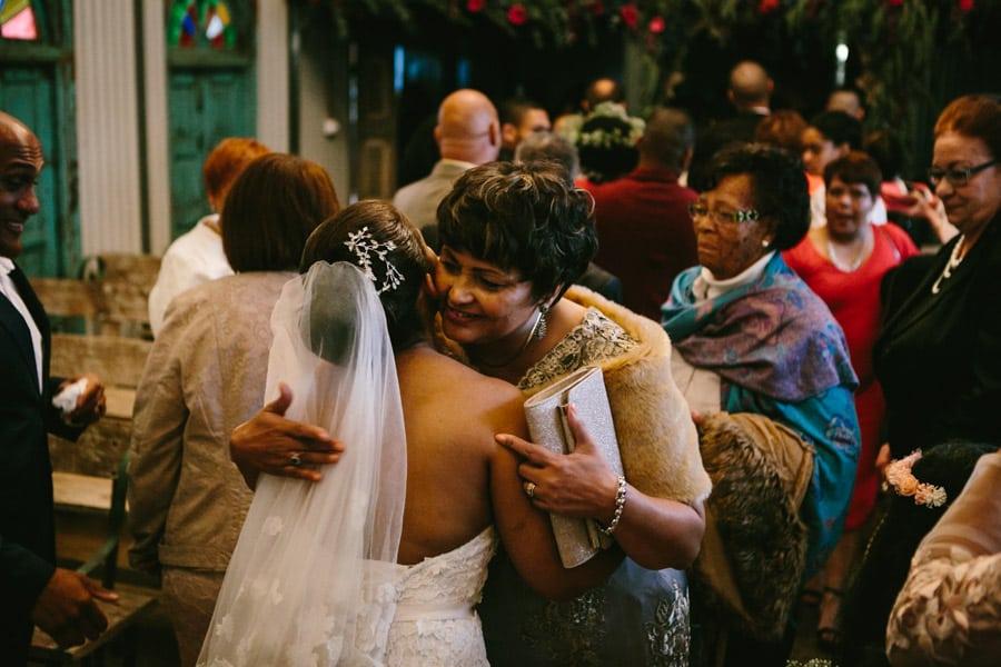 ro-dev_crystalbarn-documentary-wedding-photography-081