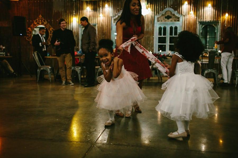 ro-dev_crystalbarn-documentary-wedding-photography-147